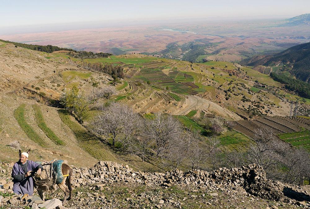 Vallée marocaine lors du séjour rencontre avec les Berbères