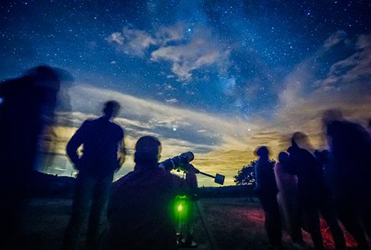 VOYAGES ASTRONOMIE