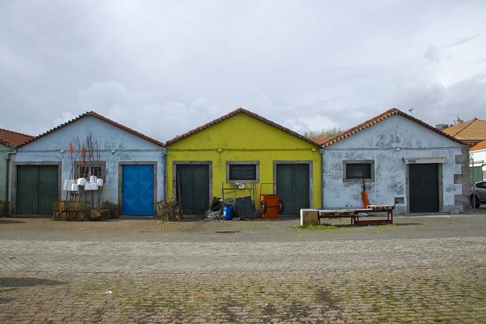 Bâtiments utilisés par les pêcheurs, au Portugal